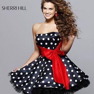 Sherri Hill Polka Dot Tulle Cocktail Dress 🍄